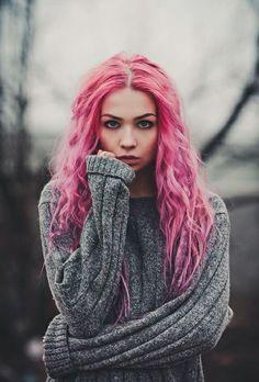 Imagini pentru девушка с розовыми волосами