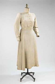 https://i.pinimg.com/736x/55/36/c2/5536c2a2b4ae7bffc715ba4eb5c339b3--paul-poiret-custom-dresses.jpg