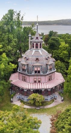 Rent this Ornate Octagon House on the Hudson for $40,000 a Month