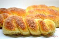 Backen - Kochen & Genießen: Zimt-Hefezöpfe aus dem Backofen