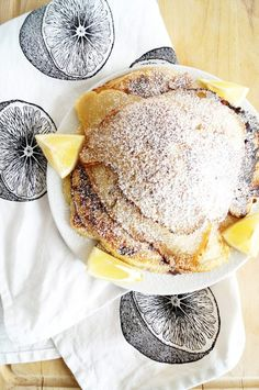 if you are looking for the best brunch recipe to feed a crowd, look no further! These lemon and raspberry pancakes will become a favorite. Best Brunch Recipes, New Recipes, Breakfast Recipes, Cooking Recipes, Raspberry Pancakes, Sunday Brunch, Diy Food, Cravings, Food And Drink