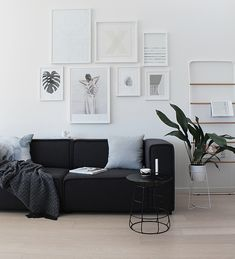 Our BoConcept Carmo Sofa arrived last Friday and I could barely contain my excitement at seeing it in our space for the first time. Home Living Room, Apartment Living, Living Spaces, Boconcept, Black And White Interior, Black White, Interior Decorating, Interior Design, Sofa