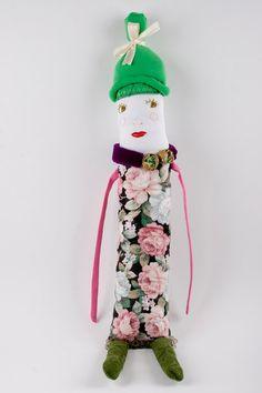 Fabric / Cloth Handmade Soft Sculpture Doll door DoubleFoxStudio