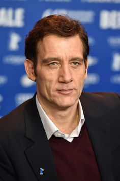 Pin for Later: Das war die 66. Berlinale: Seht alle Stars und alle Outfits Tag 1 Clive Owen