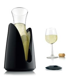 Active Cooling Carafe