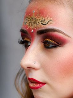 A theatrical Bollywood inspired makeup demonstration at Artsfest Birmingham 2011 - would br great for bellydancing