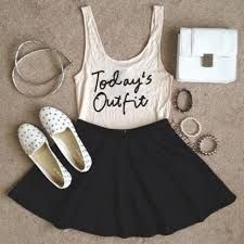 Skater skirt- put with a simple tank top. there are lots of ways you could remake this outfit. In the comments below, tell me how you would remake this outfit! Cute Fashion, Look Fashion, Teen Fashion, Fashion Outfits, Womens Fashion, Fashion Trends, Vogue Fashion, Dress Fashion, Fashion Clothes