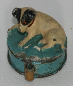 RaRe ANTIQUE FIGURAL METAL~RCA DOG TAPE MEASURE~NOVELTY measuring
