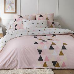 Douceur acidulée et tendance scandinave pour cette parure de lit Blancheporte.