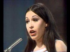 """Massiel - La la la Spain 1968 """"Le canto a mi madre Que dio vida a mi ser Le canto a la tierra Que me ha visto crecer"""""""