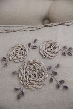 ✿ ric-rac cabbage roses