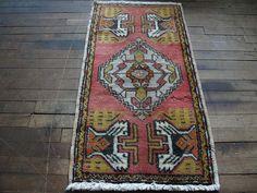 """Vintage Pink Turkish Yastik Rug 1'8""""X3'2"""" Small Area Rug Tribal Rug-Small Rug-SF Rugs"""
