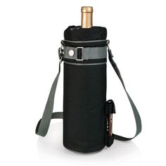 Those who enjoy wine will appreciate the style and simplicity of the Wine Sack, an insulated single-bottle tote with an adjustable shoulder strap. It features a stainless steel waiter-style corkscrew conveniently stored in its own secure pocket.