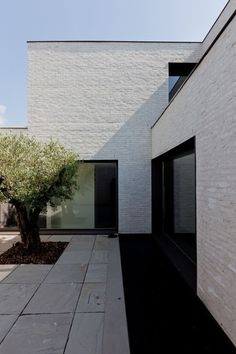Courtyard House VW / Areal Architecten: