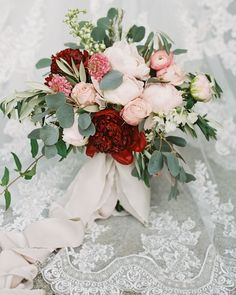 52 Gorgeous Winter Wedding Bouquets Martha Stewart Weddings has combined the most beautiful winter wedding flower bouquets for the cold Winter Bridal Bouquets, Winter Bouquet, Rose Wedding Bouquet, Winter Wedding Flowers, Floral Wedding, Red Wedding, Peach Bouquet, Winter Weddings, Bridal Flowers