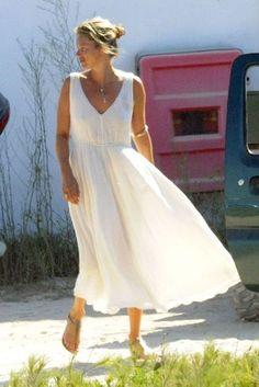 Kate-Moss-Holiday-Wardrobe-07.jpg