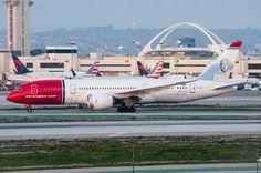 "Norwegian 787-8, LN-LNB ""Thor Heyerdahl"", at LAX on January 17, 2017."