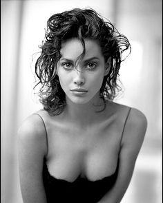 2018/04/17 14:38:22 Arthur Elgort. Christy Turlington, New York, 1987. Gelatin silver print. #fineartphotography #fineart #art #artist #arthurelgort #atticaoggi #christyturlington #model #fashionphotography #fashion #photoart #photography #portraitphotography #portrait #portraiture #blackandwhitephotography #blackandwhite #beauty #womanportrait #woman #womanpower #chic #realbeauty