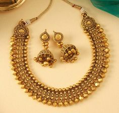 Gold Jewelry For Cheap Code: 6030159076 Gold Bangles Design, Gold Earrings Designs, Gold Jewellery Design, Antique Jewellery Designs, Gold Jewelry Simple, Schmuck Design, Jewelry Patterns, Bridal Jewelry, Kerala Jewellery