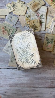 "do lists or books Print & craft your own adorable pocket-sized Botanical Journal! Includes old world style cover design with ""metal"" accents and plant images. Junk Journal, Journal Cards, Handmade Journals, Handmade Books, Vintage Journals, Vintage Books, Vintage Cards, Album Polaroid, Cover Design"