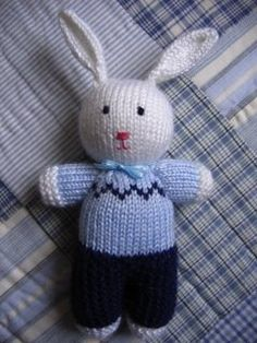 """Peter Rabbit By Leslye of Joyful Toys Material: """"Small amounts of 8 ply yarn"""". Free rabbit knitting pattern: link More Patterns Like This! Baby Knitting Patterns, Free Knitting, Knitting Toys, Stitch Patterns, Knitted Bunnies, Knitted Animals, Knitted Dolls Free, Peter Rabbit, Free Rabbits"""