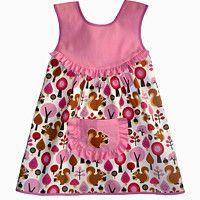 Dětské zástěrky / Zboží prodejce CIRO design | Fler.cz Summer Dresses, Sewing, Fashion, Moda, Dressmaking, Summer Sundresses, Couture, Fashion Styles, Stitching