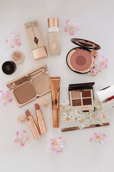 Makeup Geek Travel Vault Palette also Makeup Collection Fall 2018 also Travel Ma… – Howe To Make Make-Up Design Makeup Geek, Cute Makeup, Gorgeous Makeup, Makeup Kit, Makeup Tools, Skin Makeup, Beauty Makeup, Makeup Brushes, Glam Makeup