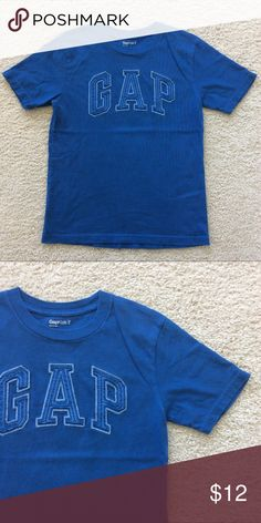 👫GAP Kids Graphic Tee GAP Kids short sleeve tee. Appliqué and embroidery detailing. 100% cotton. Size M(8) boys. Excellent condition. GAP Shirts & Tops Tees - Short Sleeve