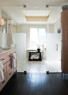 POWELL & BONNELL - partially frosted shower doors