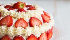 Jordgubbstarta #taart #lovely #cake #party #aardbeientaart #beautiful