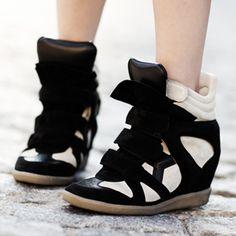 sneaker com salto embutido *-*