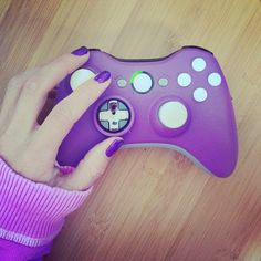 Purple Xbox 360 Modded Controller by GADGET CUSTOMS. Photo by @ijustine