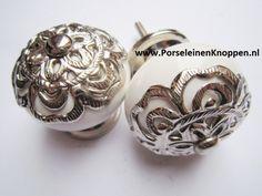 138 Witte Kastknoppen met grote Barok kroon