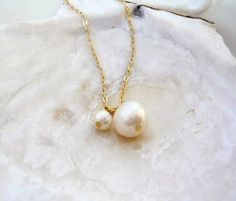 Pair of pearls - two ivory pearls 14k gold filled necklace - delicate bridal or everyday jewelry