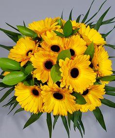 Buchet 15 gerbera galbene/ Bouquet of 15 sunny gerberas Wedding Flower Arrangements, Flower Bouquet Wedding, Floral Arrangements, Flower Bouquets, Bridal Bouquets, Tall Wedding Centerpieces, Tall Centerpiece, Silk Flowers, Floral Design