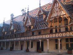 Top 5 attractions in Burgundy