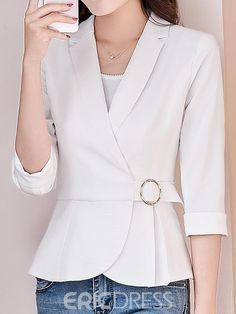 Fashion Outerwear for Women Online Page 3 Blazer Outfits, Blazer Fashion, Blouse Styles, Blouse Designs, Blouses For Women, Jackets For Women, Jacket Style, Classy Outfits, Trendy Fashion