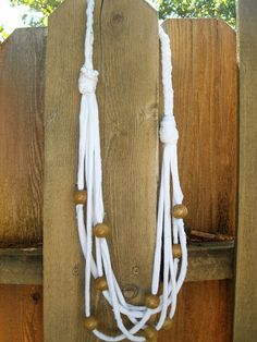 """Anthropologie Knock-Off """"Beach"""" T-Shirt Necklace #DIY #Craft #Jewelry"""