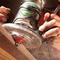 Modern router bits with carbide cutters and guide bearings make forming wood edges almost foolproof. Try this router edge guide for tips. Woodworking Lessons, Learn Woodworking, Woodworking Techniques, Popular Woodworking, Woodworking Crafts, Woodworking Articles, Woodworking Jigsaw, Woodworking Square, Woodworking Basics