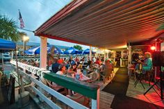 This Tybee Island Hangout Is A Local Favorite