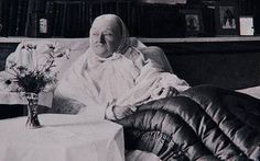 FATHER: Florence Nightingale 1910 at the grand old age of 90.