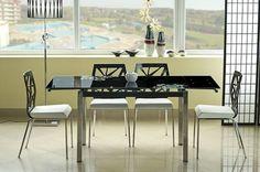 Stół GD-017 posiada prostotą formę a zarazem elegancję, a także uniwersalny styl, który zawsze wspaniale wygląda perfekcyjnie harmonizując się z pozostałymi meblami wnętrza pomieszczeń Państwa domów a dodatkową jego zaletą jest, to iż jest to stół rozkładany, co zwiększa jego funkcjonalność