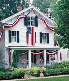 Red, White & Blue house decorations. | #myfreedommyfamily