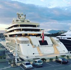 Dilbar - 156m - 511ft 9in - Lurssen - 2016