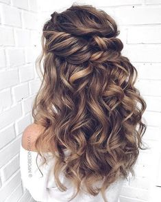 Wedding Hairstyles For Long Hair Loose Curls Up Dos Ideas frisuren haare hair hair long hair short Wedding Hair Half, Wedding Hair And Makeup, Dream Wedding, Wedding Hair Curls, Hair Makeup, Long Curly Wedding Hair, Wedding Hair Styles, Boho Wedding, Wedding Down Dos