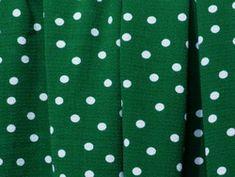 Tissu Crepe Vert Sapin Pois Blanc et autres Tissus Crêpe modernes et originaux pour vos loisirs créatifs de couture. Livraison offerte dès 69€ ! - Mercerie en ligne Couture, Sweaters, Fashion, Green Backgrounds, Originals, Creative Crafts, Lingerie, Moda, High Fashion