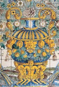 Antique tile set with bouquet motif, typical of 18th century Portugal   Tile Museum, Lisbon, Portugal http://www.bel-artisanat.com/epages/267865.mobile/fr_FR/?ObjectPath=/Shops/267865/Products/ENSEMBLE-CARREAUX-AZULEJOS-TERRE-CUITE-MOTIF-BOUQUET-POLYCHROME-COPIE-DE-PANNEAU-DU-XVII-EME
