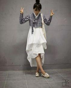 #leesle #korean #hanbok #fashion #casual