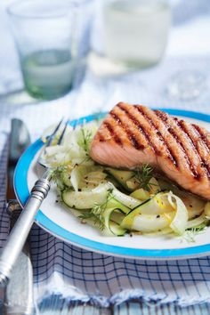 """Brown Sugar-Grilled Salmon with Zucchini and Fennel """"Noodles"""" Grilled Fish Recipes, Tilapia Recipes, Grilled Salmon, Salmon Recipes, Seafood Recipes, Chicken Recipes, Seafood Meals, Seafood Dishes, Zucchini Noodle Recipes"""