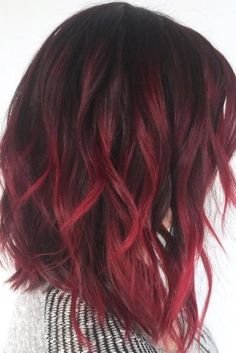 Wavy Hairstyles for Different Hair Colors picture 2